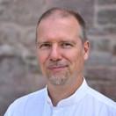 <b>Ulrich Heister</b> ist Naturwissenschaftler und Heilpraktiker. - uh-Newsletter